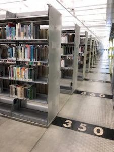 Nonfiction shelves of Seattle Public Library